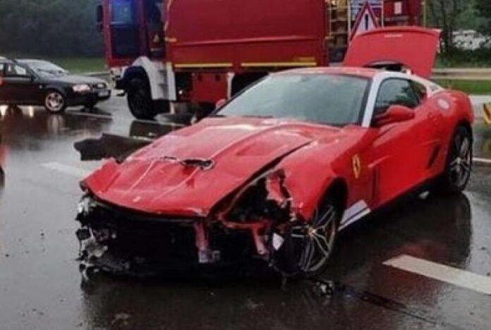 У Німеччині розбили дуже рідкісний суперкар Ferrari