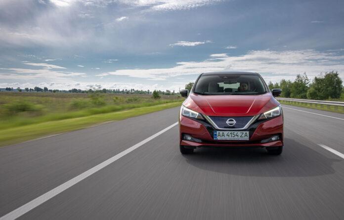 Тест-драйв офіційного Nissan Leaf в Україні