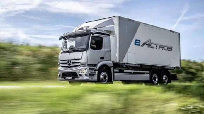 Mercedes-Benz презентував свою першу електричну вантажівку