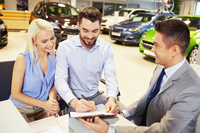 АІС пропонує купити авто з пробігом в кредит без початкового внеску, застави та додаткових платежів