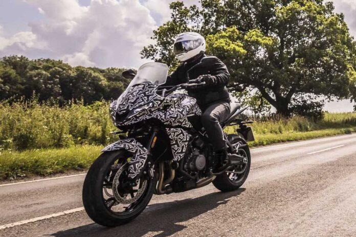 Triumph показав прототип мотоцикла Tiger Sport 660