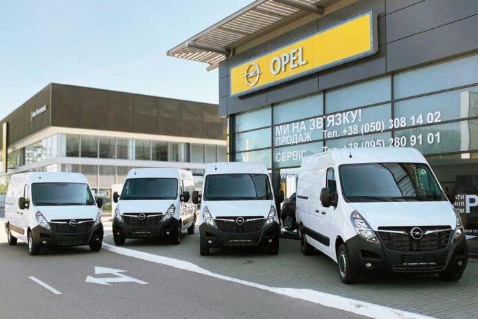 Компанія JCB вибрала Opel Movano для свого автопарку