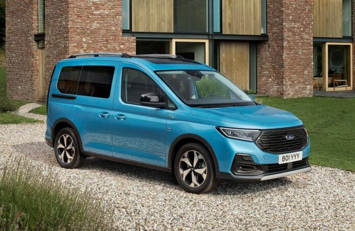 Ford Tourneo Connect став клоном Volkswagen Caddy